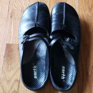 Earth Kharma Kalso Slides Mules